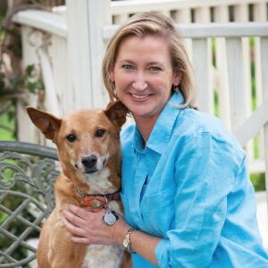 Dr. Larie Allen with dog