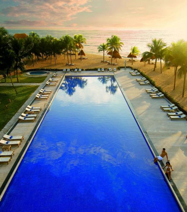 deep blue pool