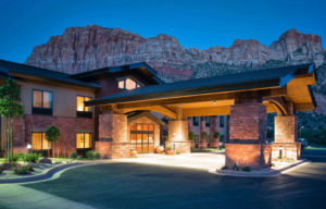 Hampton Hotel with Red Mountain in the background