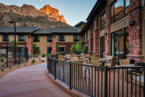 Hampton Hotel with Red Rocks in the background